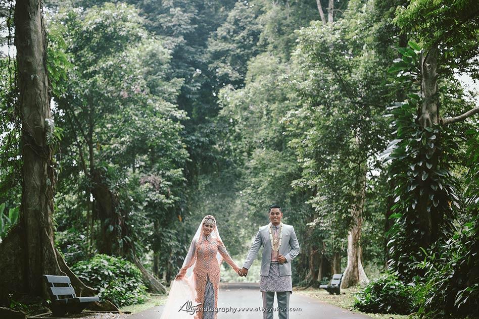 American Couple Post Wedding - Kebun Raya Bogor Post Wedding 11